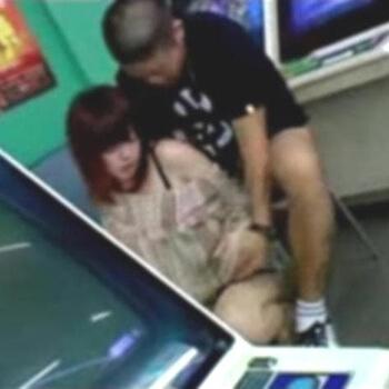 【エロ画像】 美少女ヒロインの裸体露出!! 身体を晒して感じてしまうビッチな二次エロ画像www part52